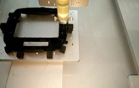 尼龙胶、ABS粘贴TPU手机导航外壳塑胶件-香芋机电