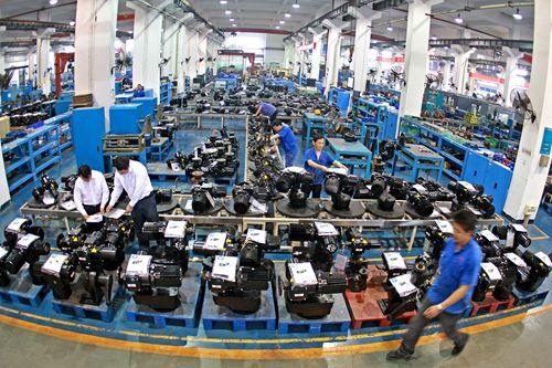 生产企业如何选择合适的点胶机?